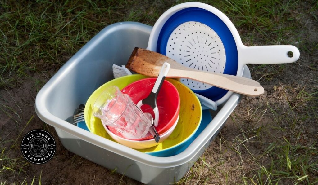 How to Do the Dishes While Camping @ Pie Irons and Campfiresv